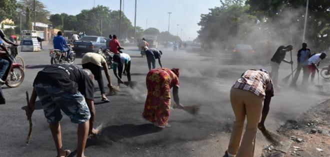 Nettoyage et entretien des surfaces en Afrique