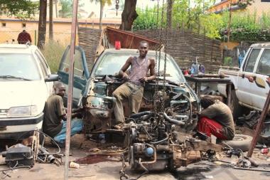 Centre entretien automobile en Afrique