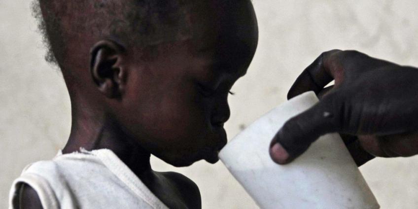 Faire la charité tue l'Afrique